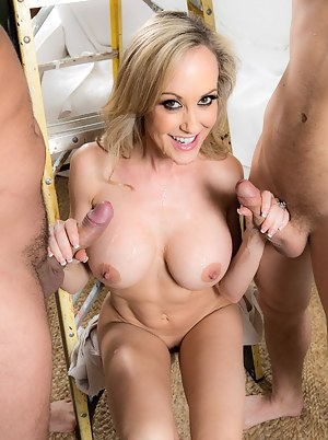 XXX MILF Threesome Galleries
