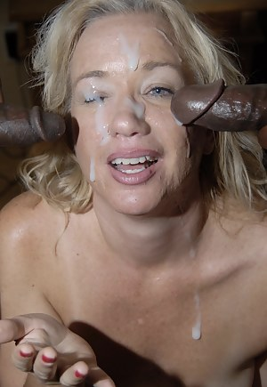 XXX MILF Bukkake Galleries
