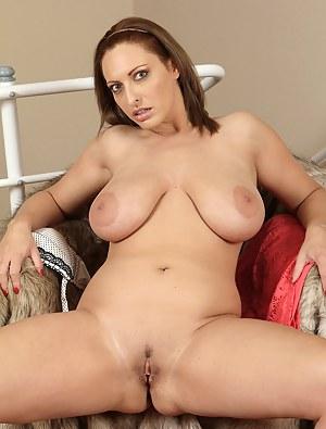 XXX MILF Nipples Galleries