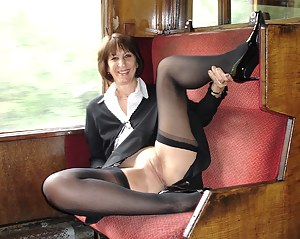 XXX MILF Reality Galleries