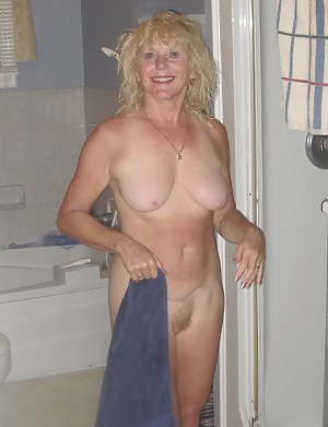 XXX MILF Girlfriend Galleries