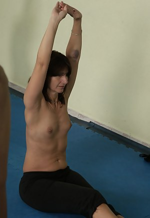 XXX Fitness MILF Galleries