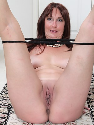 XXX Old Pussy Galleries