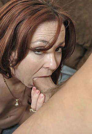 XXX MILF Deepthroat Galleries