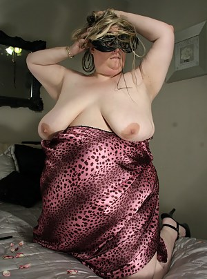 XXX SSBBW MILF Galleries